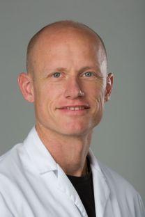 Portrait Dr. med. Adrian Zehnder